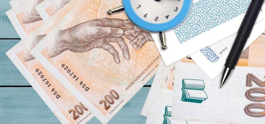 200-two-hundred-korun-dve-ste-czech-czk-koruna-haler-republic-money-cash-bills-wealth-funds-banking_t20_QKEk4m
