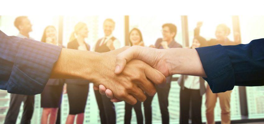 shake-hands-business-teamwork-success-background_t20_KAOR7K